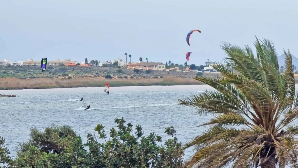 Kite surfing in Playa Honda, seen from your balcony