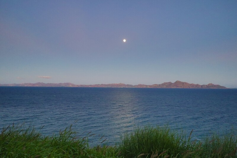 moonrise over the sea of cortes