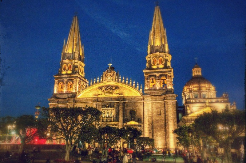 Is Guadalajara safe from petty theft?