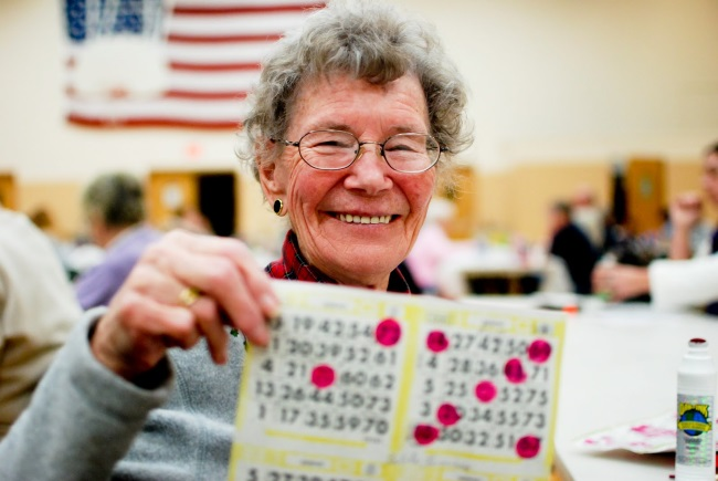 lady-bingo-winner