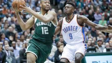 Oklahoma City Thunder vs Milwaukee Bucks