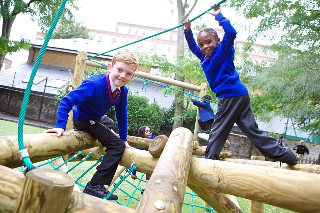 outdoor play areas, Playgrounds Prevent Child Obesity, Learning Outdoors, Encourage children to play outdoors