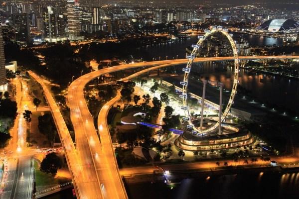 シンガポール・フライヤー方面