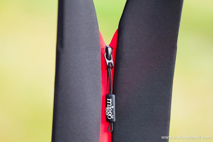La zip lungo lo Strap&Wrap