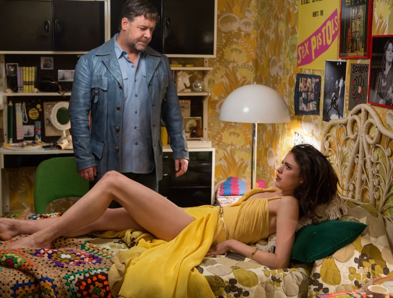 The-Nice-Guys-17-Russell-Crowe-and-Margaret-Qualley