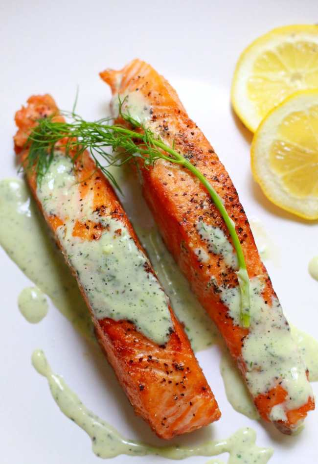 Salmon with Creamy Dill Sauce 1