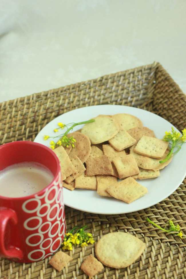 Whole Wheat Carom Seed Crackers 6