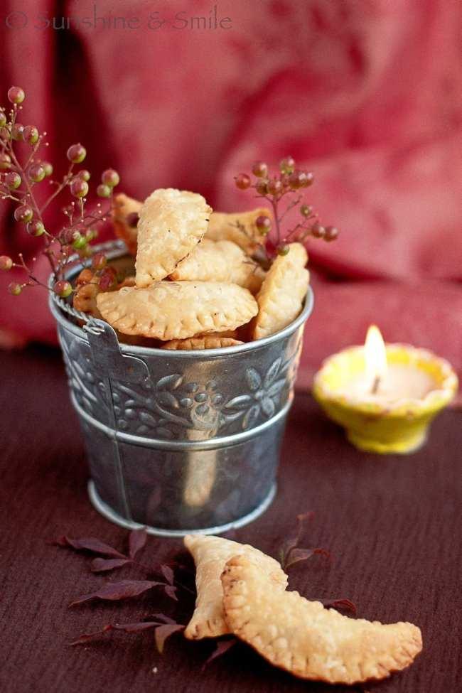 Mawa Gujiya - A traditional Indian festive sweet 4