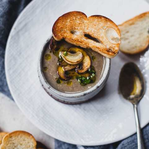 garlic mushroom soup 07 1