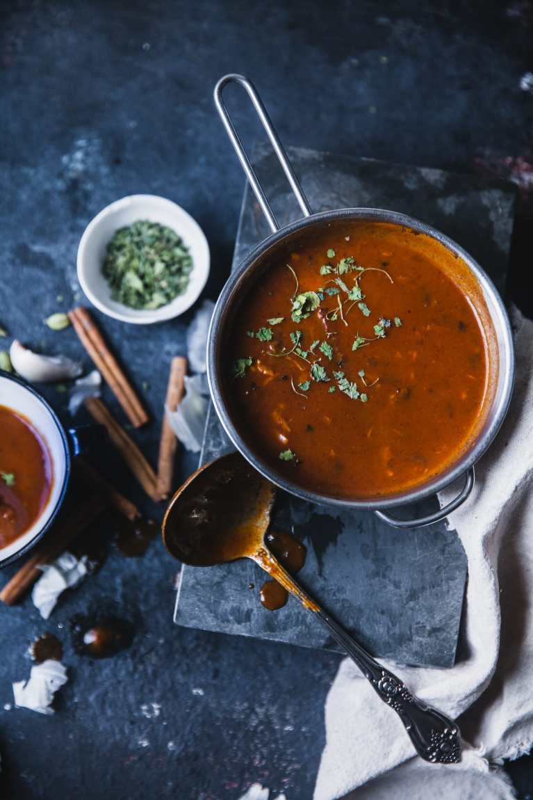 How To Make Makhni Sauce | Playful Cooking