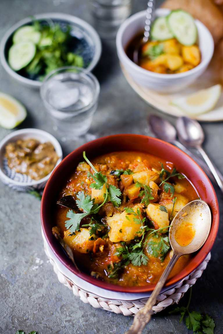 Aloo tamatar Sabzi (Potato Tomato Stew) | Playful Cooking #potato #tomato #stew #indian #curry #foodphotography