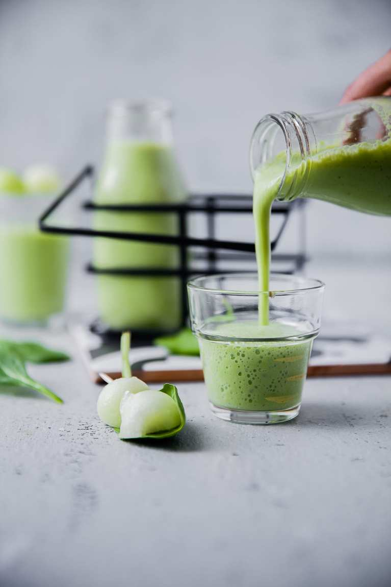 Melon Smoothie (6 INGREDIENTS) | Playful Cooking #smoothie #melon #spinach #foodphotography #drinks