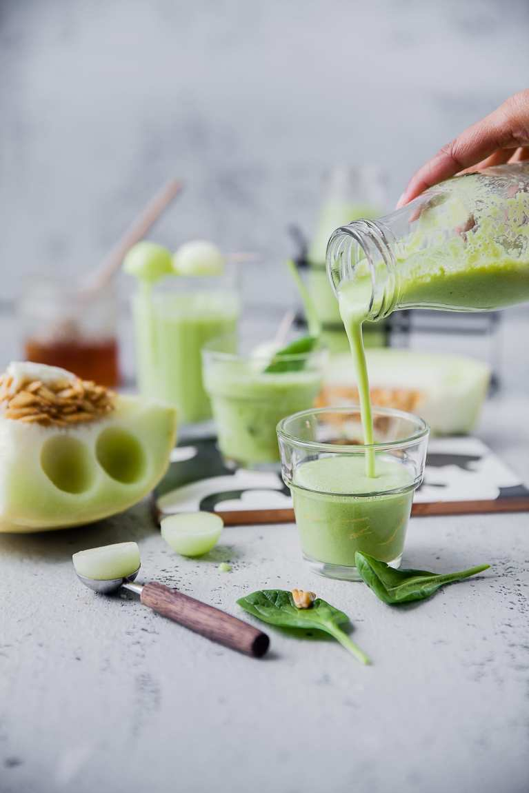 SUMMER Melon Smoothie (6 INGREDIENTS) | Playful Cooking #smoothie #melon #spinach #foodphotography #drinks