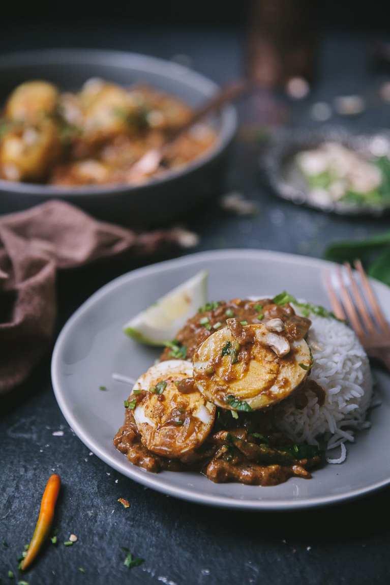 Dimer Kalia - Sweet Savory Bengali Egg Curry 16