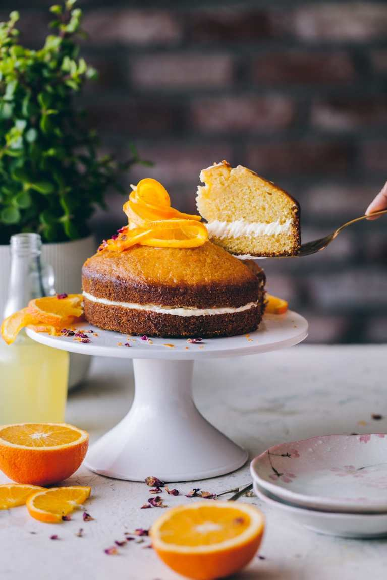 Orange Cornmeal Cake | Playful Cooking #cake #orangecake #cornmealcake #foodphotography This shop has been compensated by Collective Bias, Inc. and its advertiser. All opinions are mine alone. #MazolaHeartHealth #CollectiveBias
