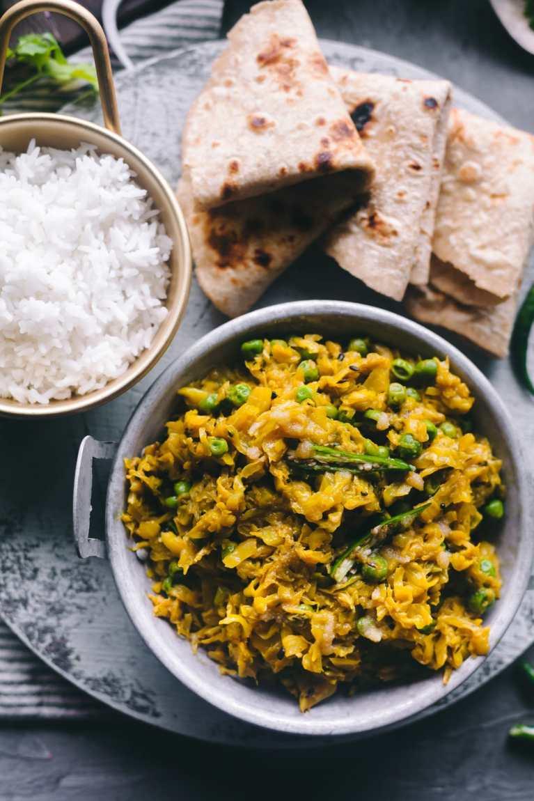 Bandhakopi Tarkari | Playful Cooking #foodphotography #foodstyling #cabbage #stirfried