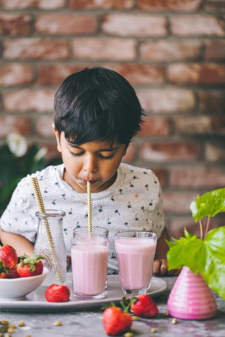 Immune boosting drinks | Playful Cooking #strawberry #lassi #drinks #beverage #yogurt #healthy