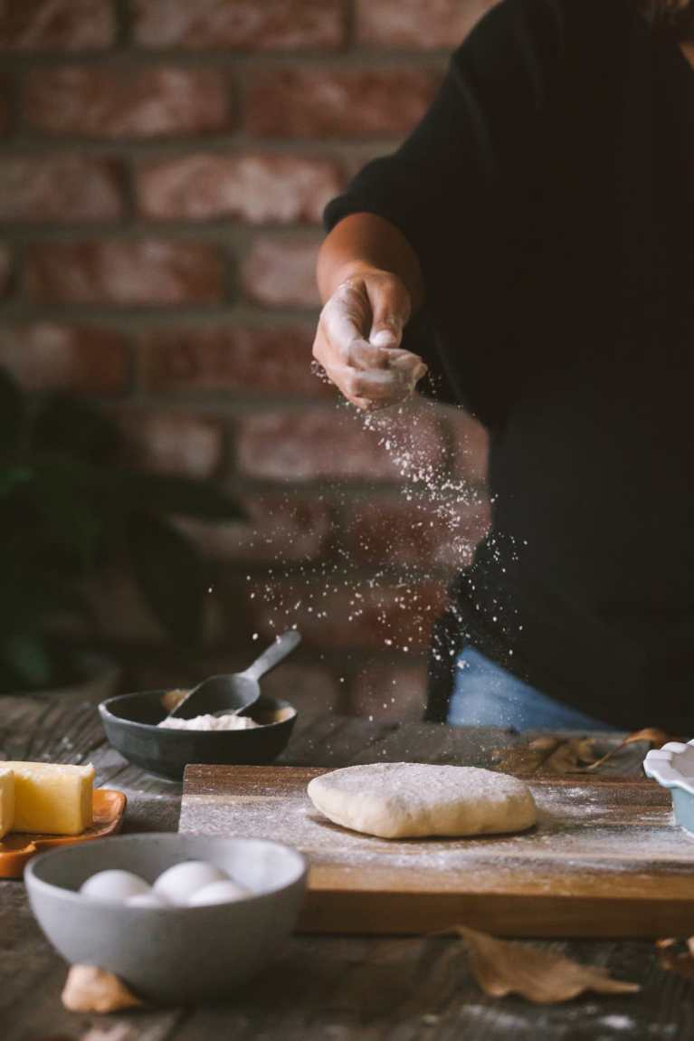 sprinkling flour on butter crust - with VIDEO