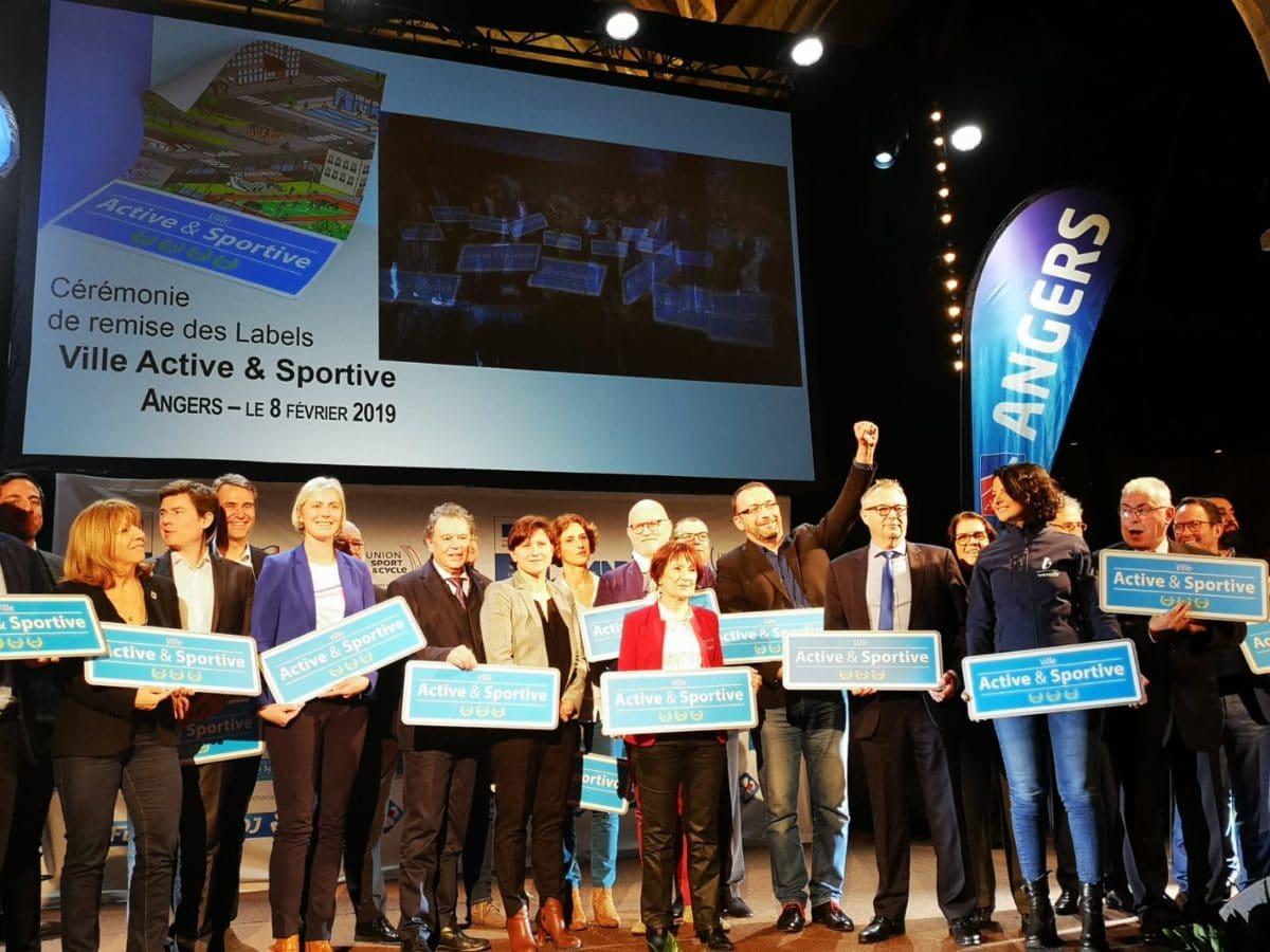 Maires et Élus lors de la cérémonie de remise des Labels Ville Active & Sportive 2019