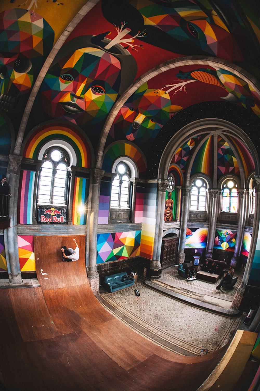 Une église espagnole transformée en skatepark recouvert de fresques