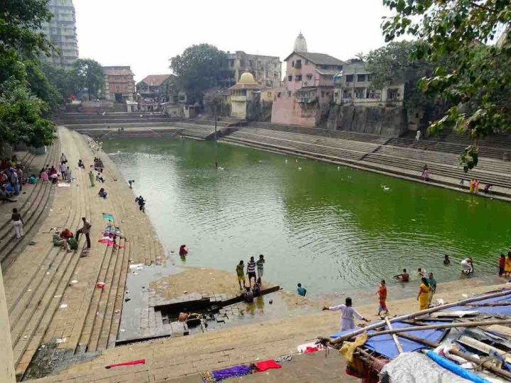 Le bassin Banganga à Mumbai en Inde