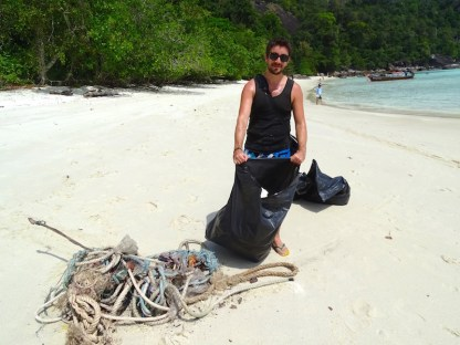 ©playingtheworld-trash-hero-kohlipe-thailande-20