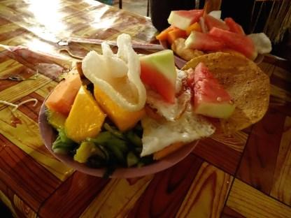 Un buffet dans les rue de luang prabang au laos