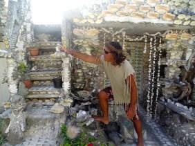 Chez l'artiste à Maupiti