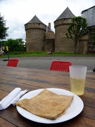©playingtheworld-week-end-mayenne-laval-chateau-39