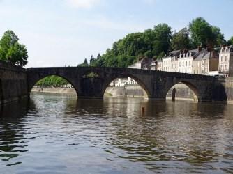 ©playingtheworld-mayenne-fleuve-bateau-laval (10)