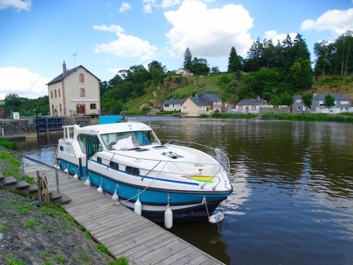 ©playingtheworld-mayenne-fleuve-bateau-laval (42)