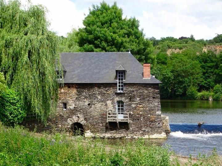 ©playingtheworld-mayenne-fleuve-bateau-laval (63)