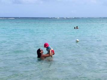 Licra anti-UV, maillot de bain, bob et lunette de soleil