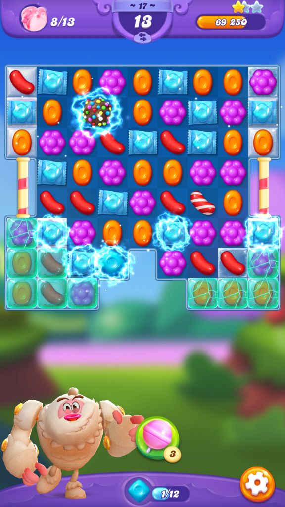 Candy Crush Friends Saga Combo and Special Candies