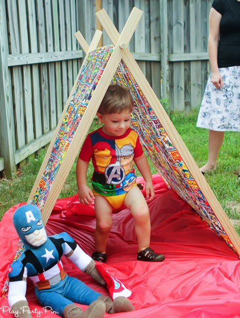 Superhero tent, perfect for a superhero party from playpartyplan.com