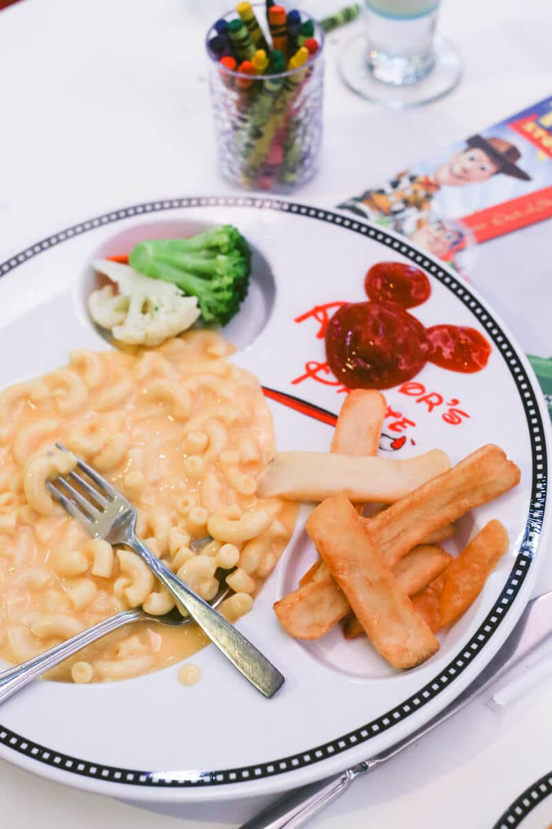 dining-on-disney-dream-24