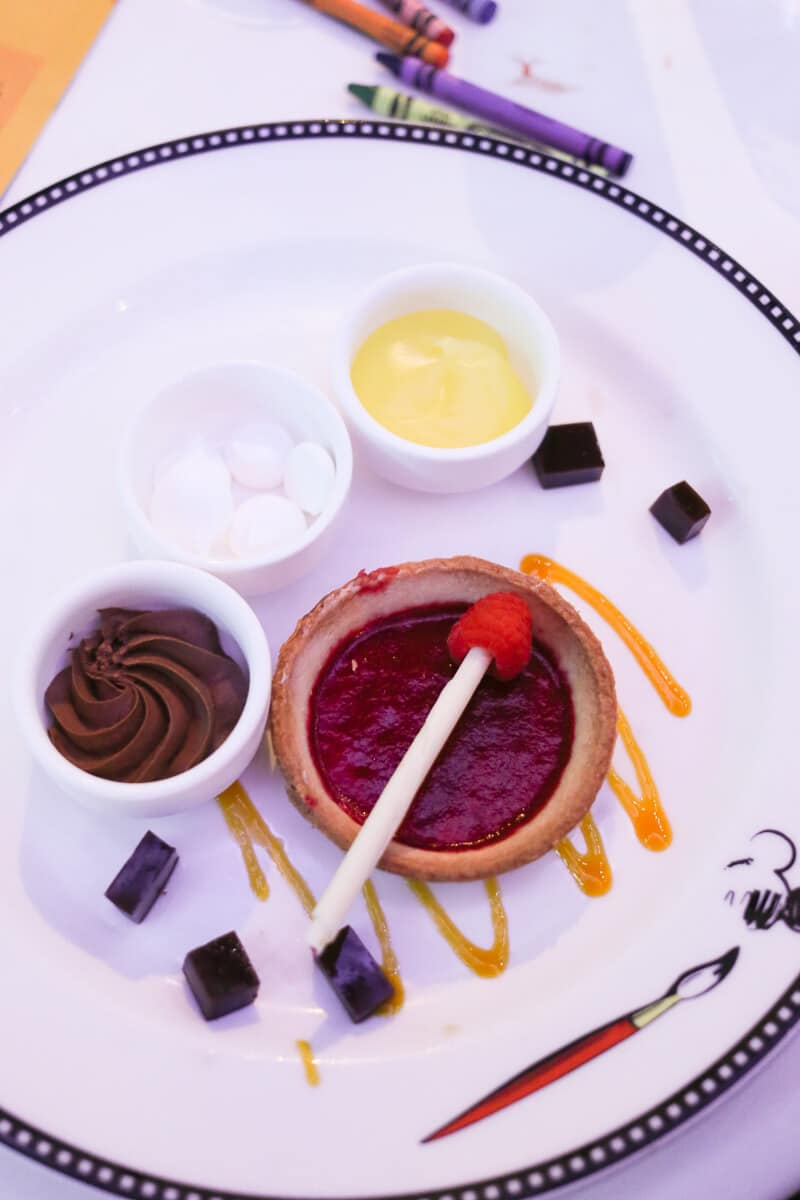 dining-on-disney-dream-3