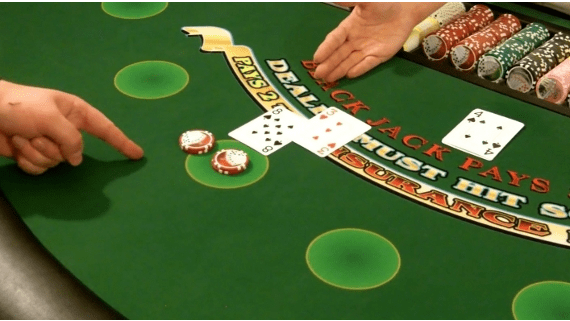 Doubel Down and Split Hands in Blackjack