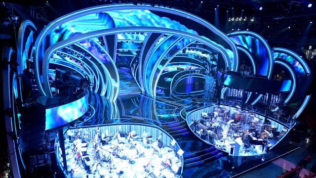Sanremo 2021, pronto il protocollo Rai: niente pubblico nel Teatro Ariston