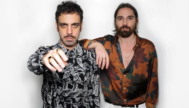 Sanremo 2021: Colapesce e Dimartino portano la loro Musica Leggerissima