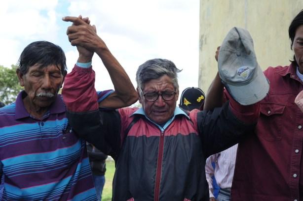 Ceremonia qom para ratificar a Díaz.