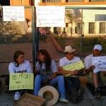 La Rioja: famatinenses se encadenan para reclamar a Beder Herrera