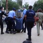 Huelga docente en La Rioja: desalojan a padres y docentes de escuelas tomadas