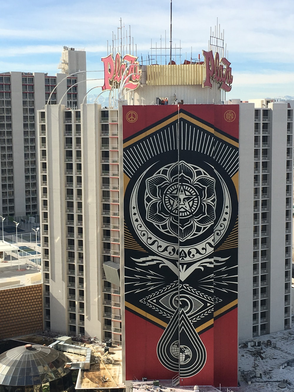 Shepard Fairey Downtown Mural Plaza Hotel Amp Casino