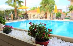 Plaza Palace Hotel pools