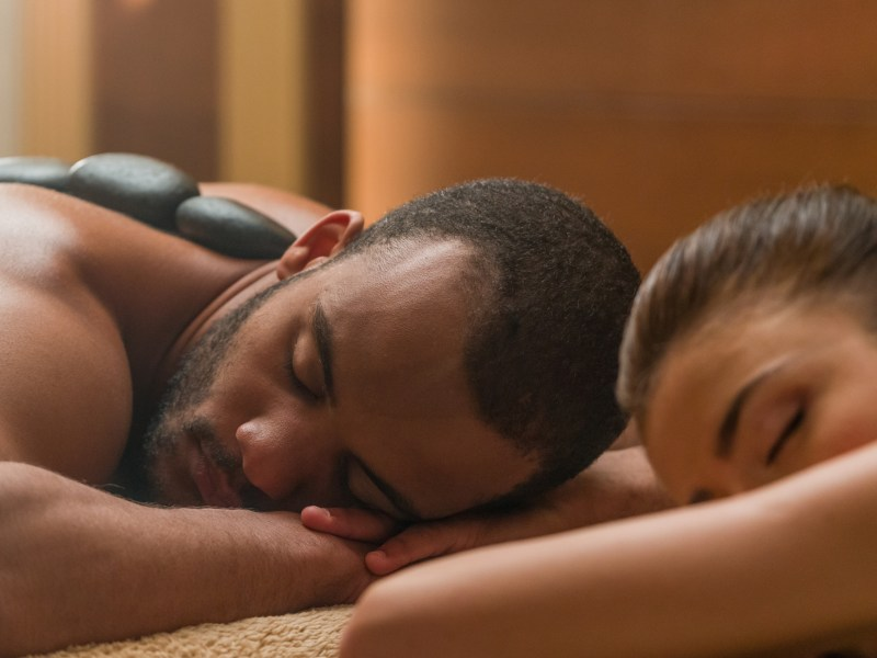 One of Austin's best spa service deals is a couples massage.