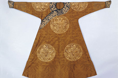 Wanted Antique Chinese Silk Robes
