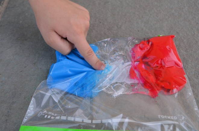 Color Mixing --without a mess! Great idea for class!