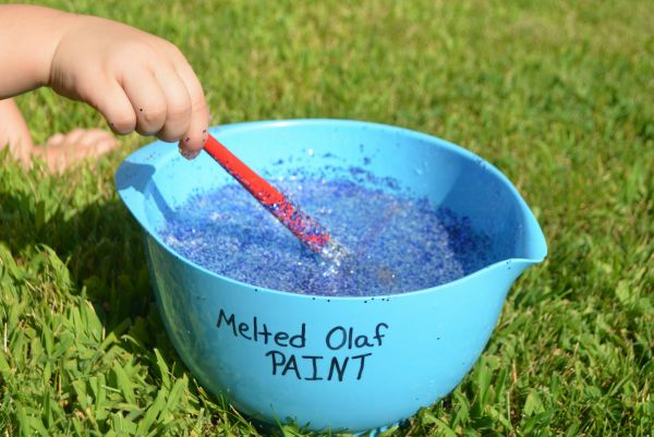 Play with Melted Olaf Paint! Low-prep activity for Frozen lovers!