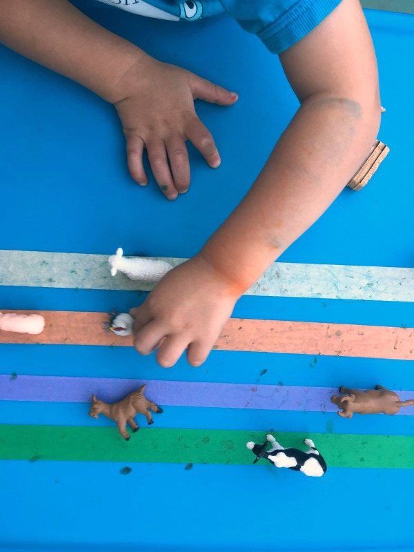 Make farm animal tracks! Fine motor game for preschoolers